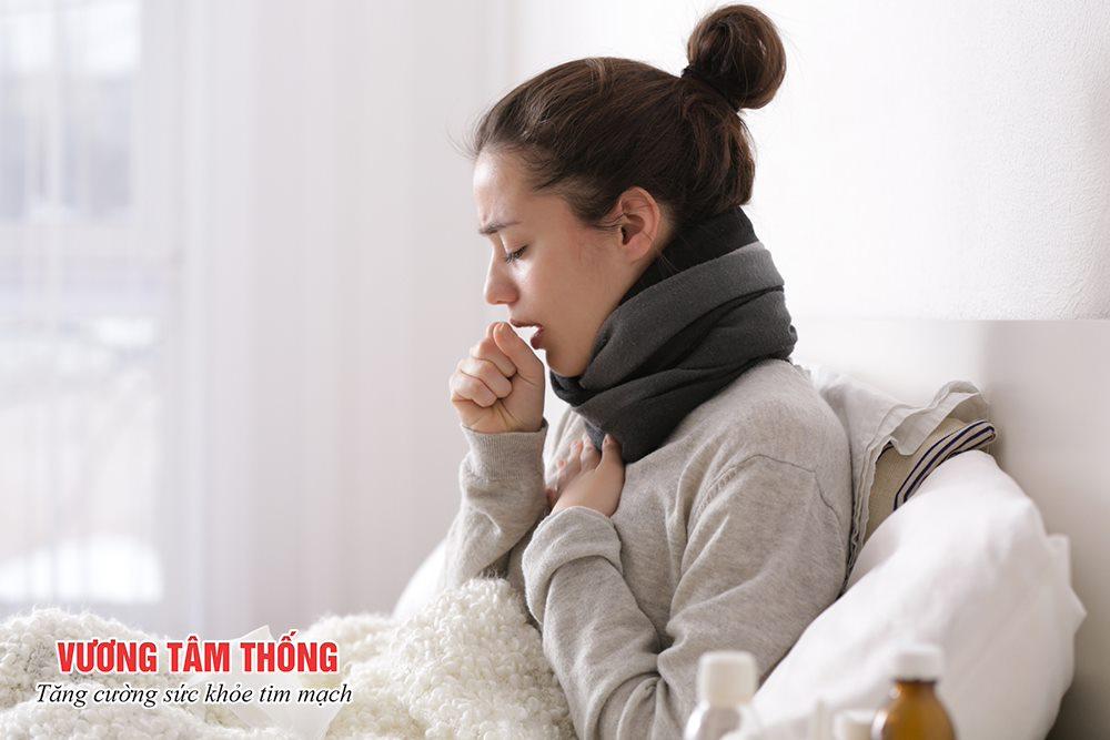 Ho khan cũng là triệu chứng của hở van 3 lá